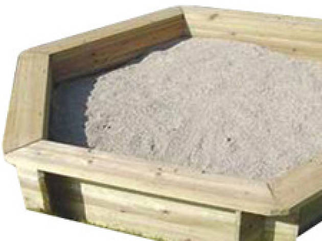 Hexagonal sand box