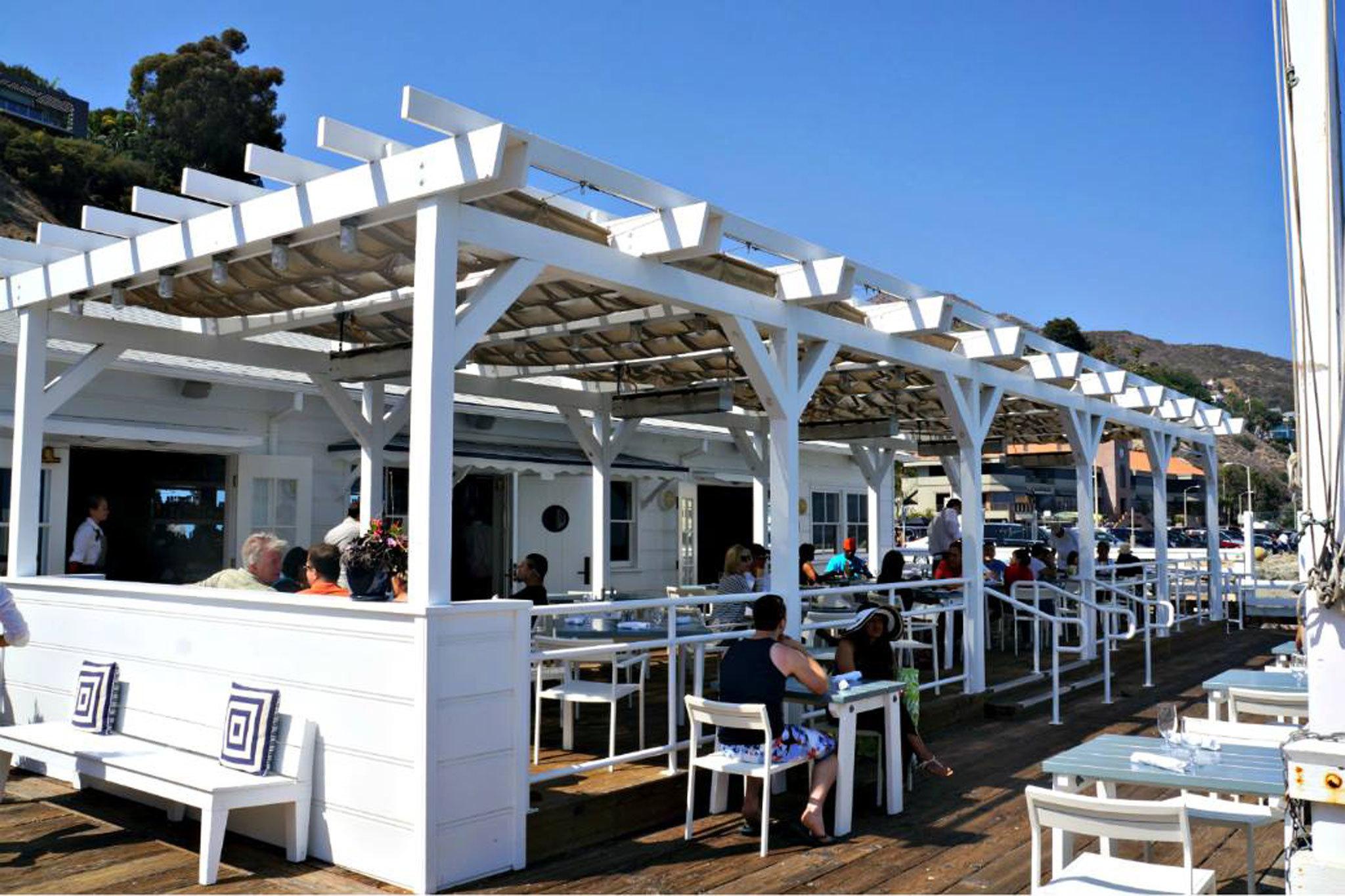 Pier  Cafe Bar
