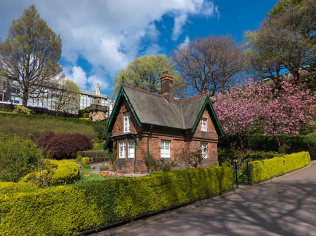 16 princes street gardens house