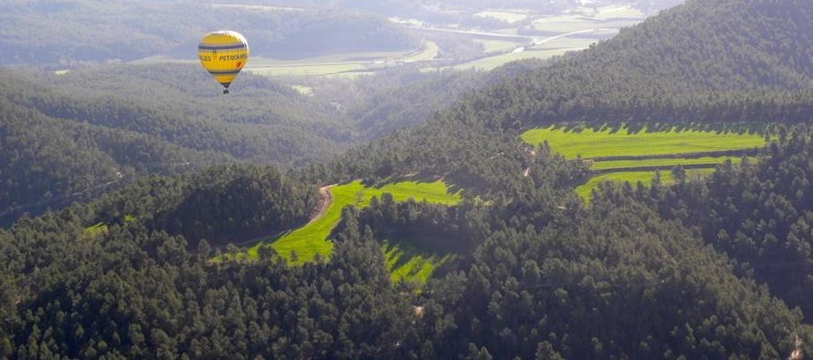 Ballooning over central Catalonia