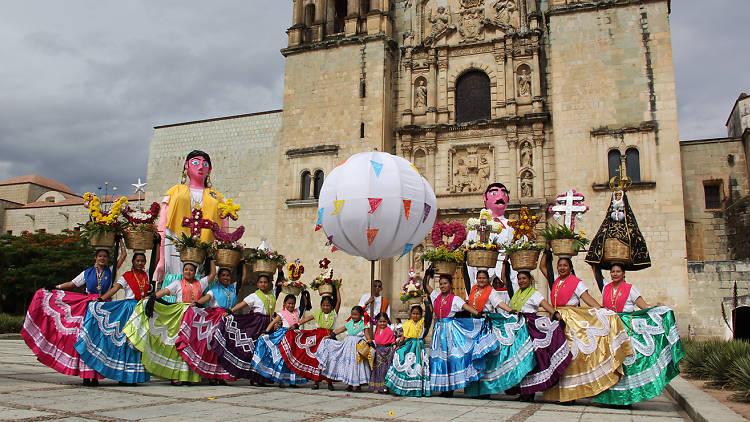 Las bailarinas de la Guelaguetza de Oaxaca.