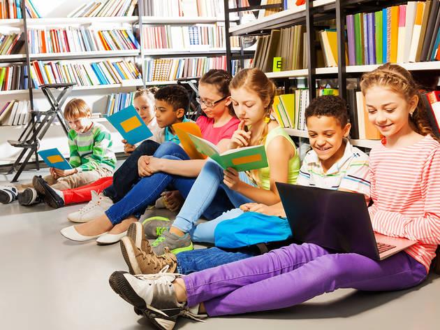 Librería para niños Estación de lectura y librería