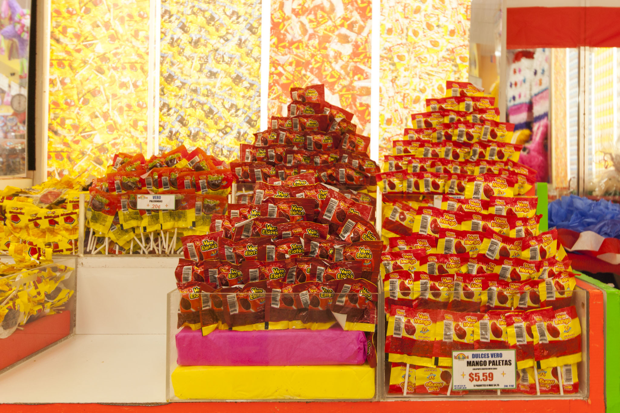 Prep for trick-or-treaters at Chicago's top candy stores