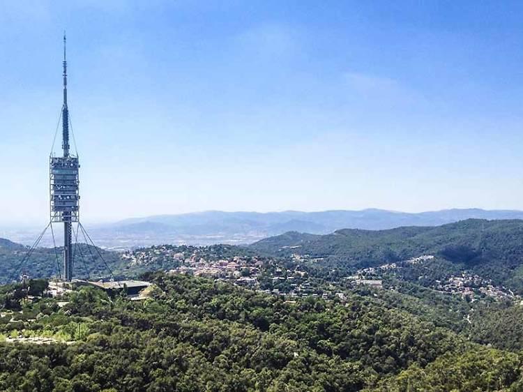 Ir al Tibidabo, a Collserola y a Montjuïc