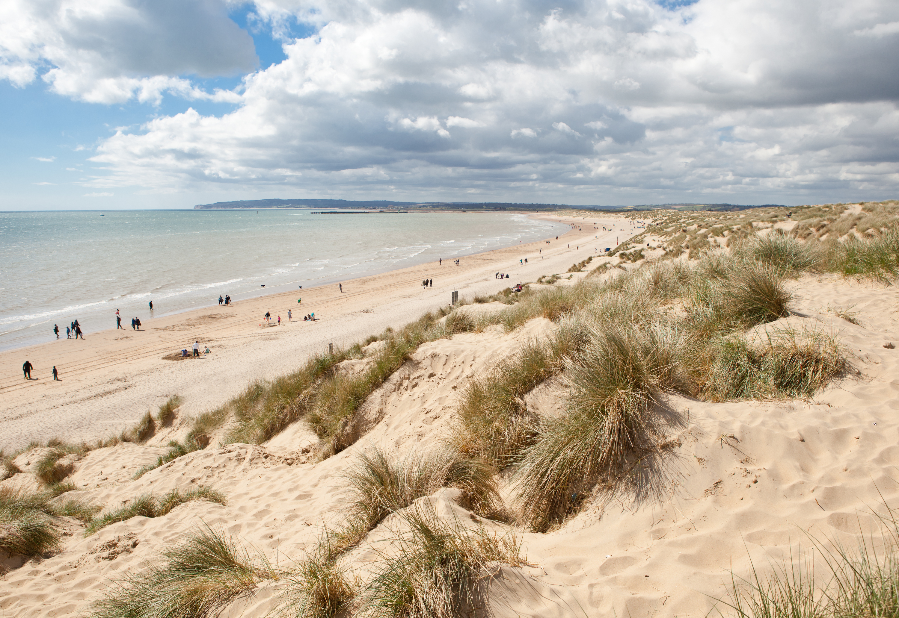 Best Beaches Near London To Visit This Weekend VIDEO - Britains 15 best beaches