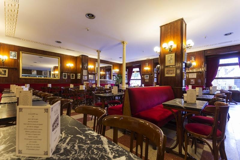 Tomarte un café donde ya lo hicieron Lorca, Fernán Gómez y Truman Capote