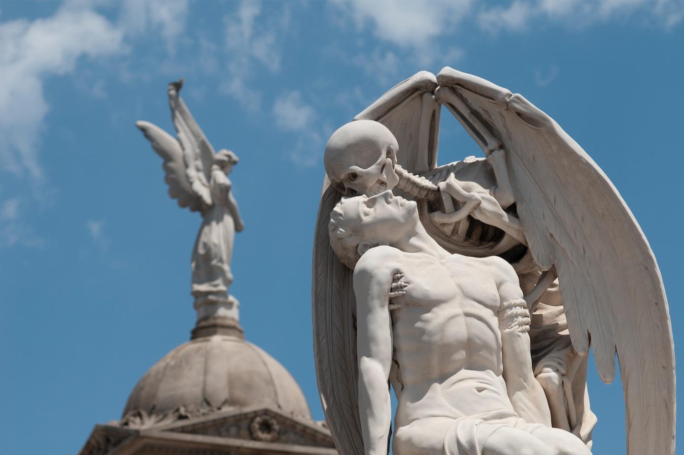 El petó de la mort, cementiri del Poblenou