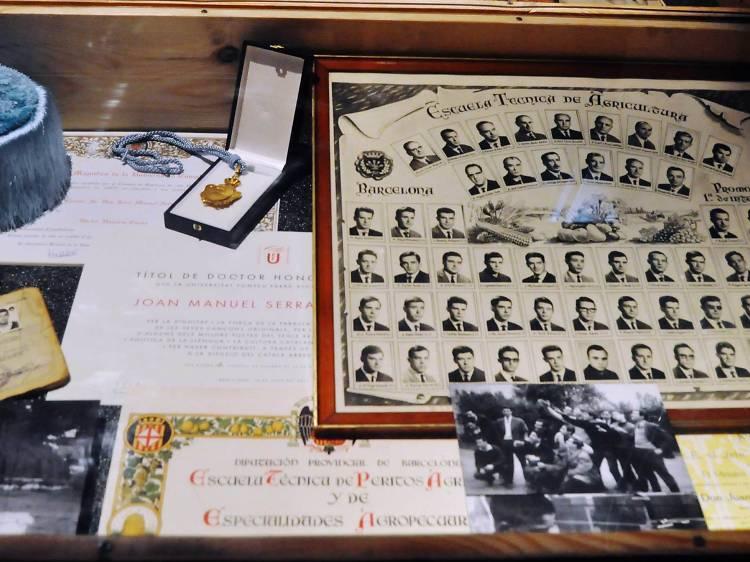 Nueve doctorados honoris causa