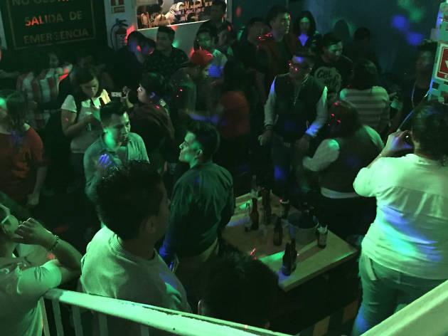 Antros y bares en Amberes