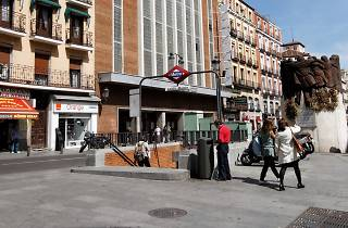 Plaza de Antón Martín
