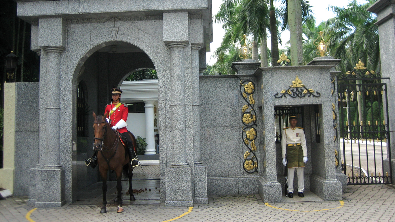 Walk through the strict corridors of Istana Negara