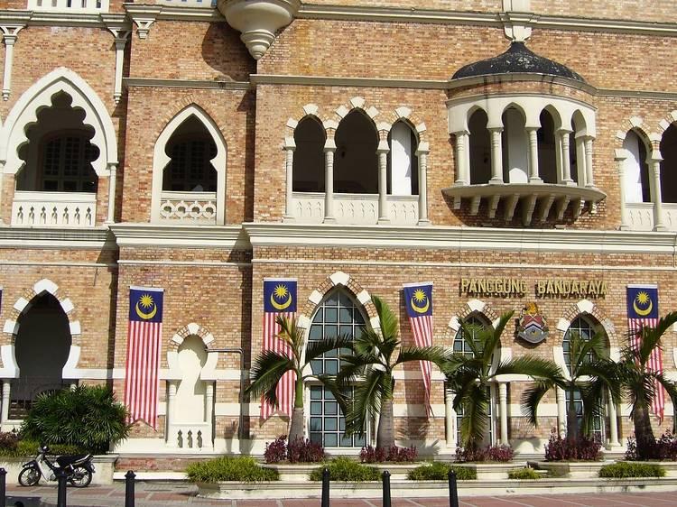 Celebrate theatre like it's 1904 at the old Panggung Bandaraya