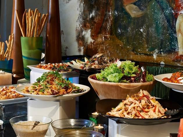 Favola Italian semi-buffet lunch