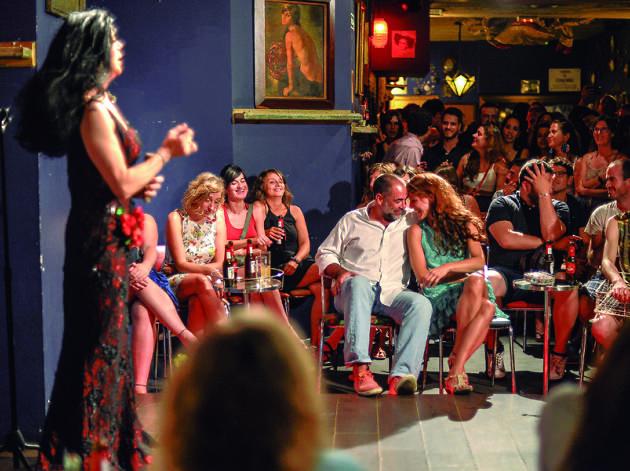 Ligar en Barcelona: chica busca chico