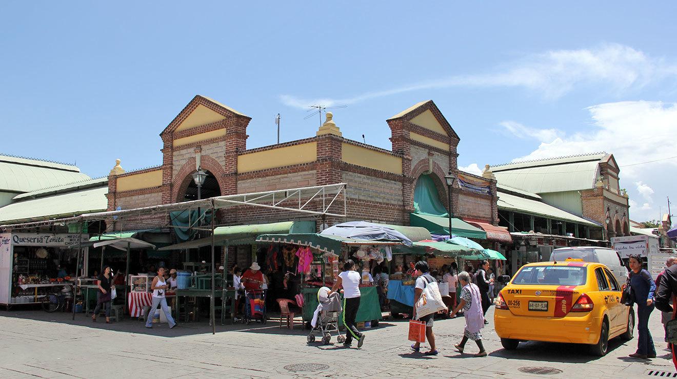 Mercado Benito Juárez en el Zócalo de Oaxaca