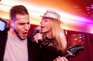 Late-night bars in London, karaoke