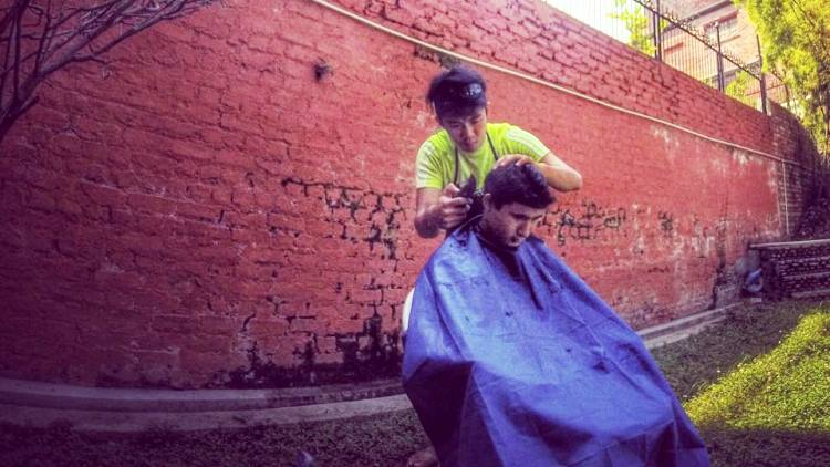 Get a haircut in a Geylang backalley