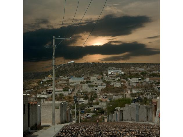 (Guillaume Krick & Benjamin Thomas, 'Erosions, paysages de banlieue d'Amérique du Nord (Querétaro, Mexique)', 2008-2012 / ©Guillaume Krick & Benjamin Thomas)