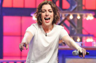Anne Hathaway en Comedy Central