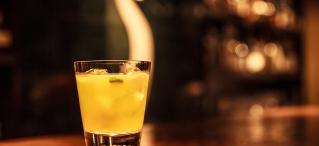 東京、旬の果物にほろ酔うバー10選