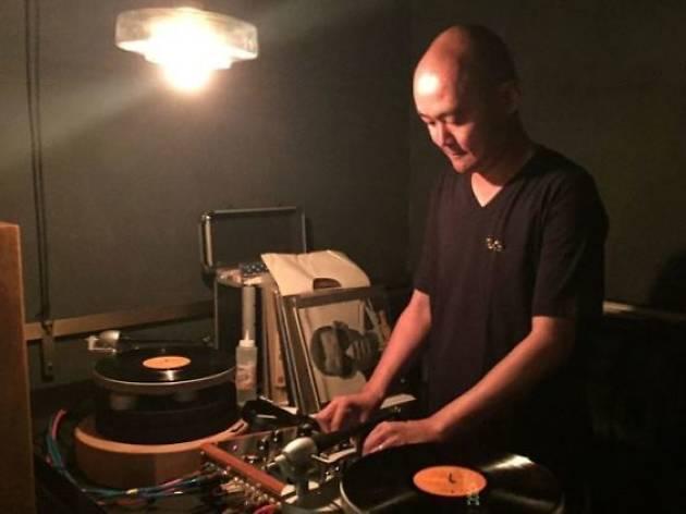 LongPlay presents PlayBack #1 feat. Hendrick's Gin x #VinylOfTheDay