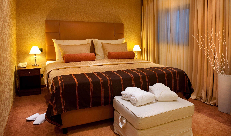 hotel dubrovnik, hotels, zagreb, croatia