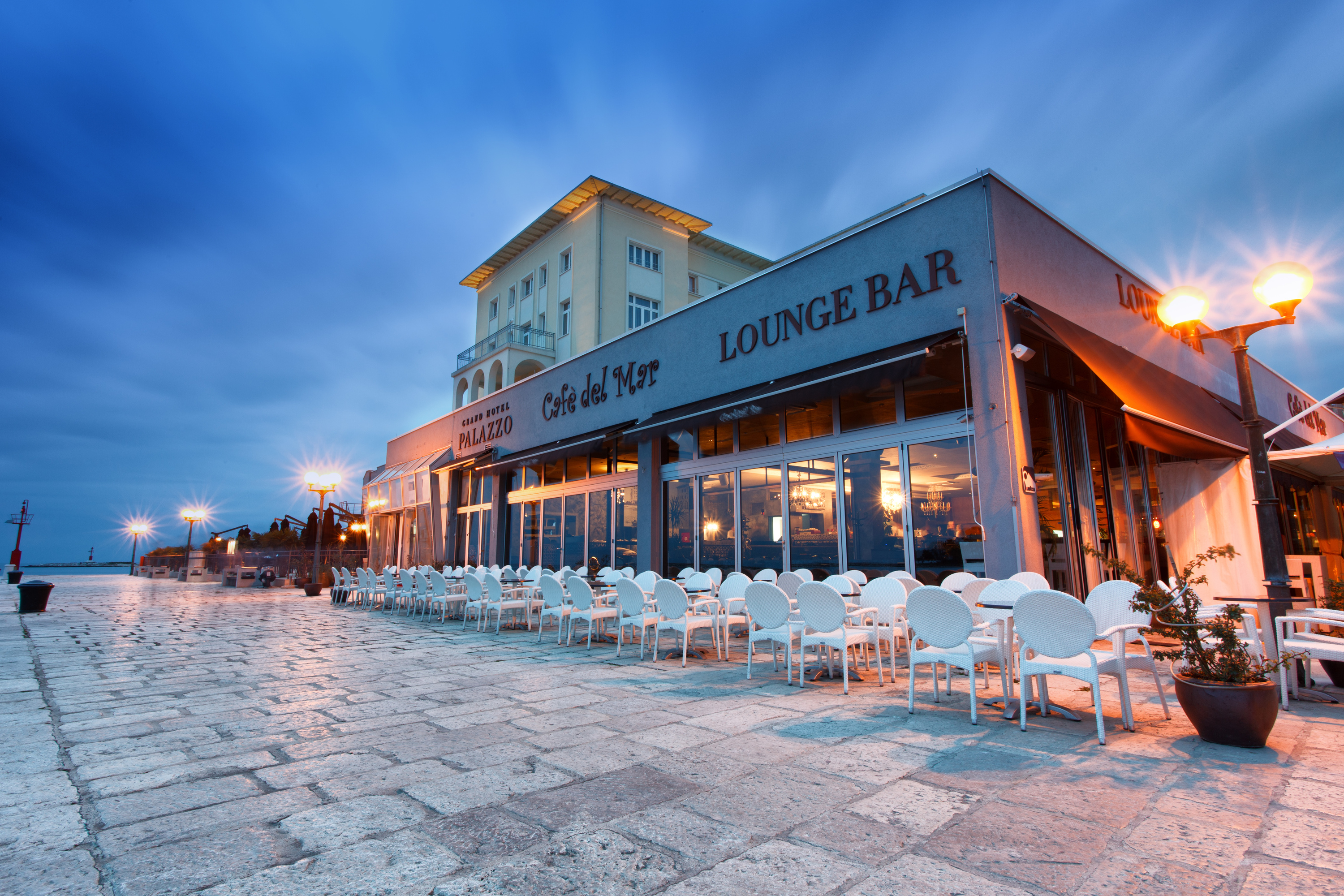 cafe del mar, restaurants and cafes, porec, istria, croatia