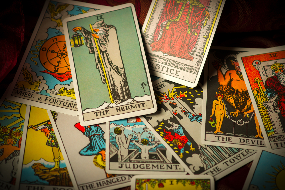 Best psychics in NYC for tarot cards, palm readings and