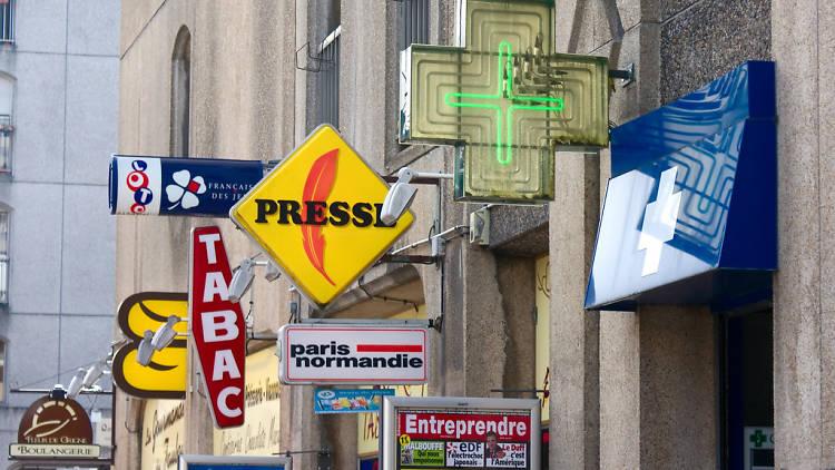 Bar tabac ouverts la nuit Paris soirée fumer cigarette