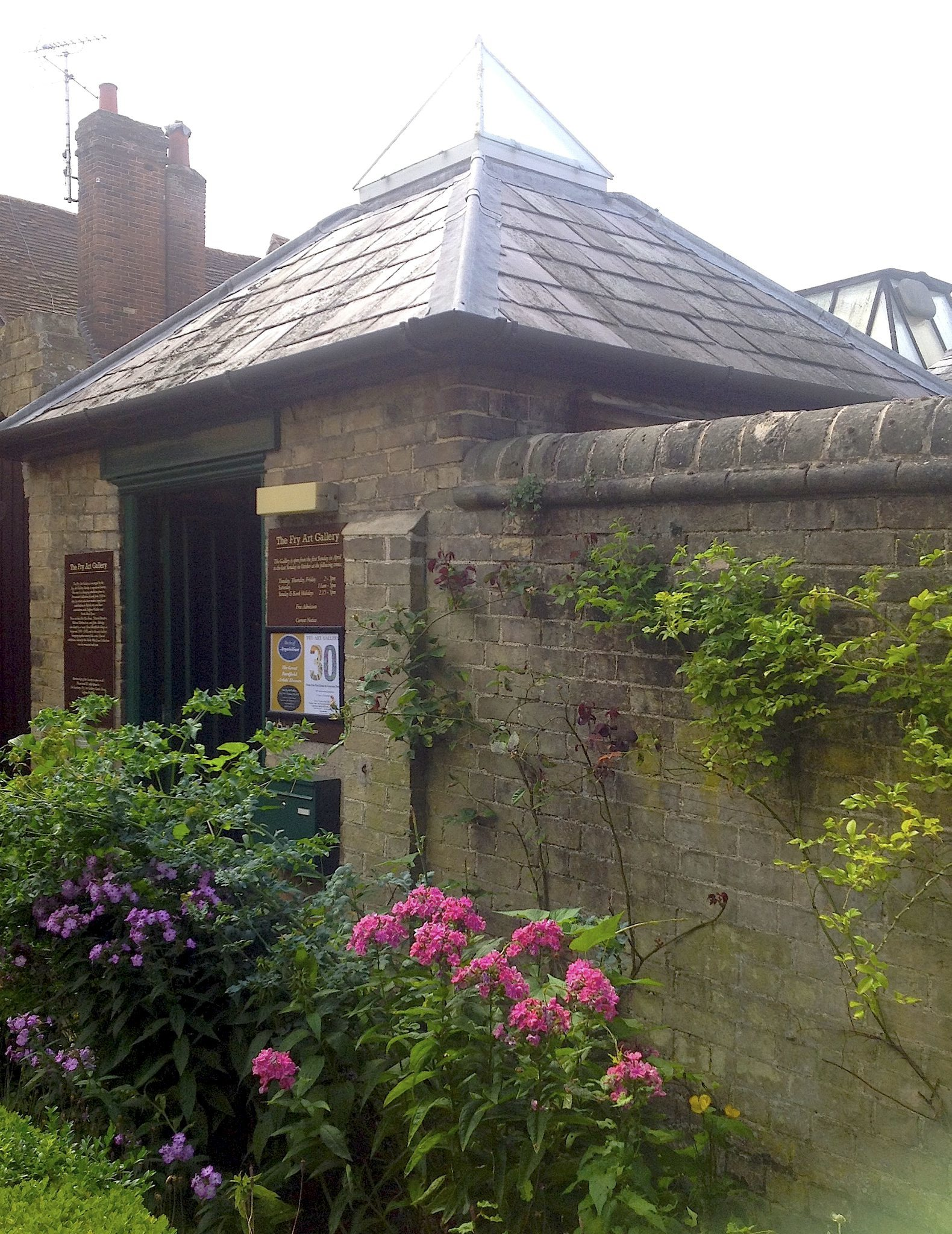 Saffron Walden: Fry Art Gallery