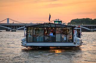Exterior shot of Bateaux London