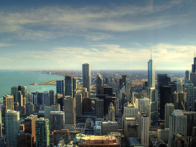 10 things Chicagoans have to explain to out-of-towners