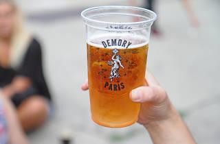 Sonnenkönig biergarten bar à bières puces de Clignancourt Saint-Ouen