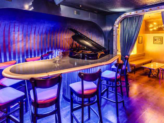 Where to find a great piano bar in NYC