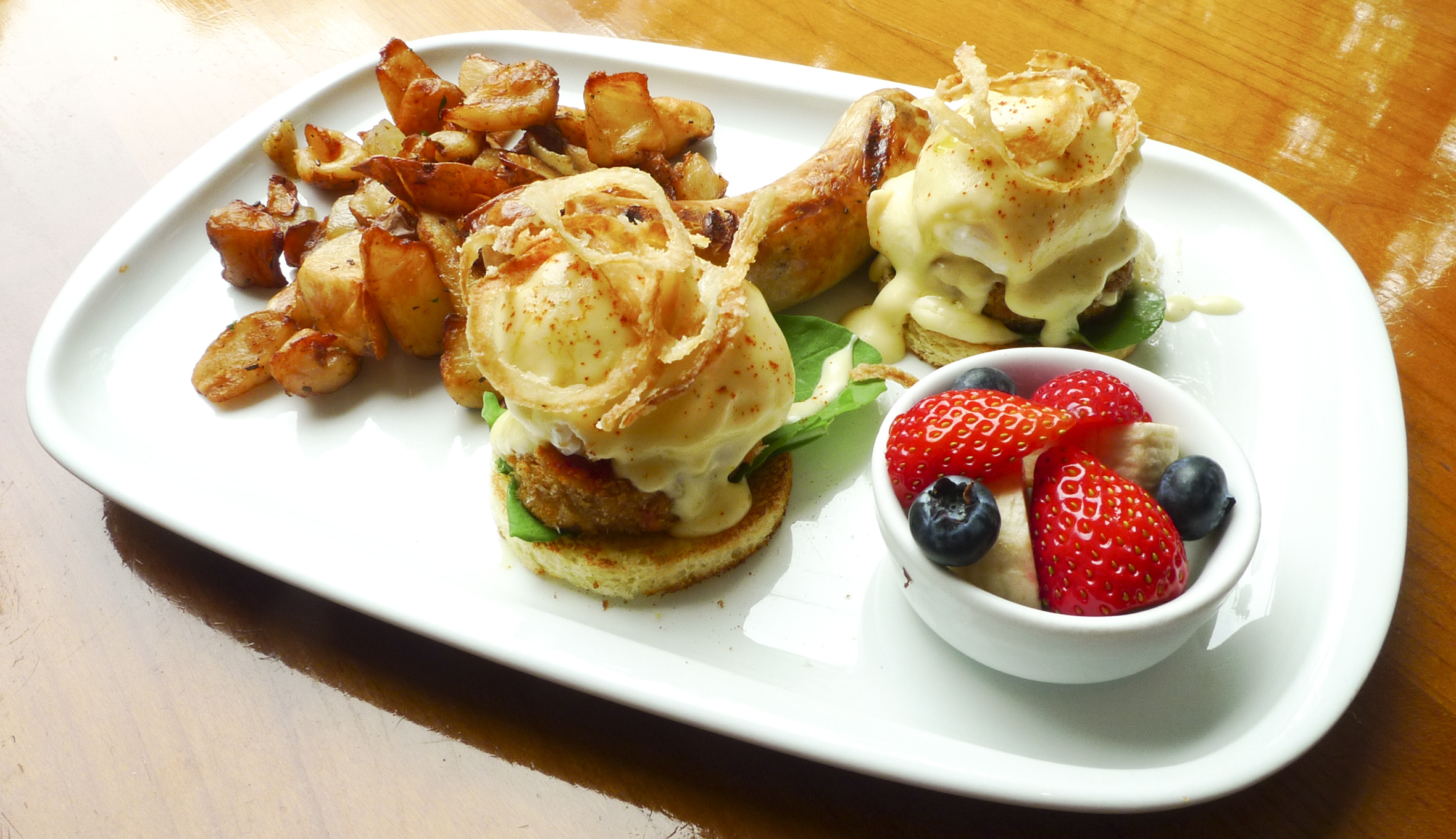 Eggs Benedict at Beacon | Time Out Tokyo