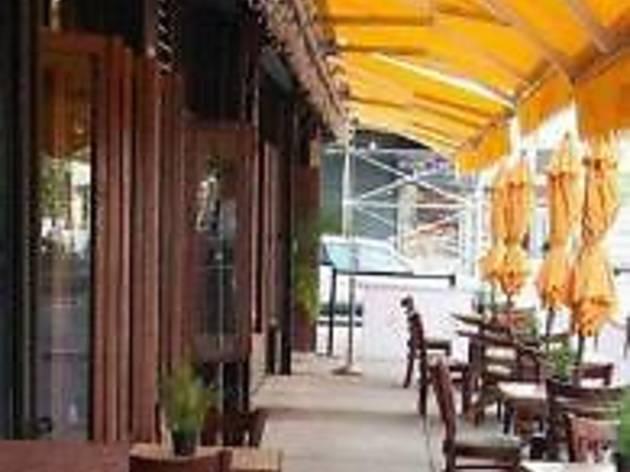 New Harlem Besame Restaurant
