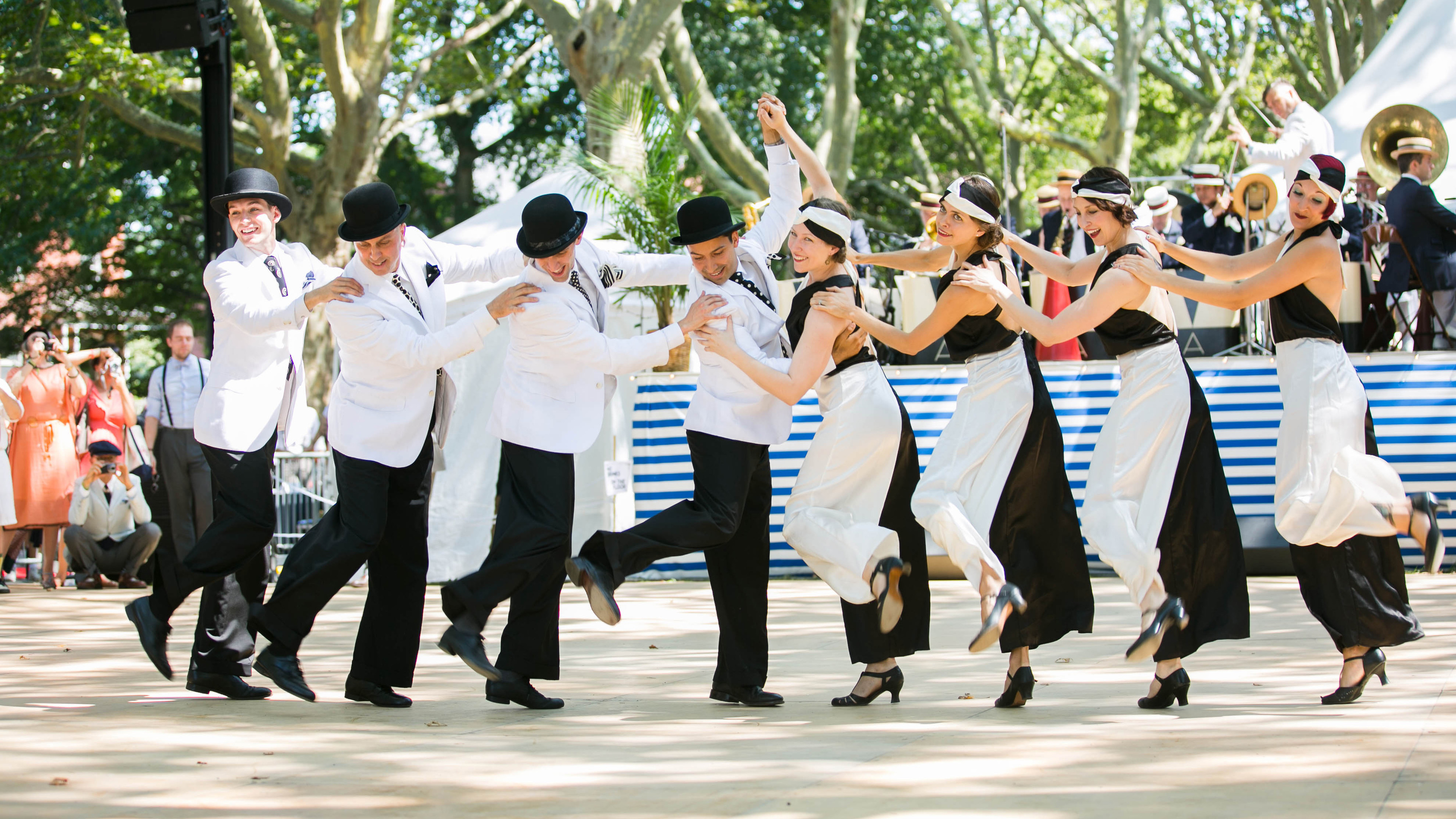See our favorite photos from the 2015 Jazz Age Lawn Party