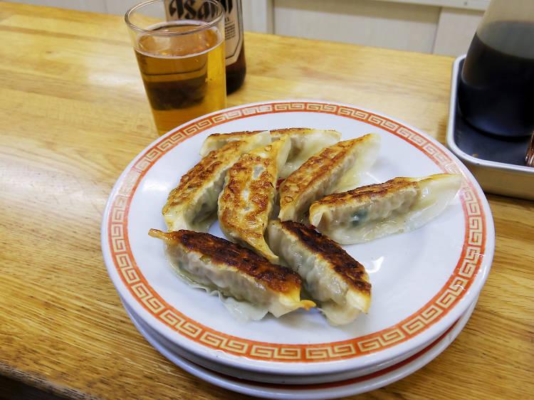 Chow down dumplings at Kameido Gyoza