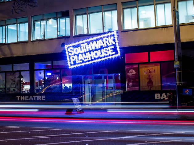 Hotels Near Playhouse Theatre London