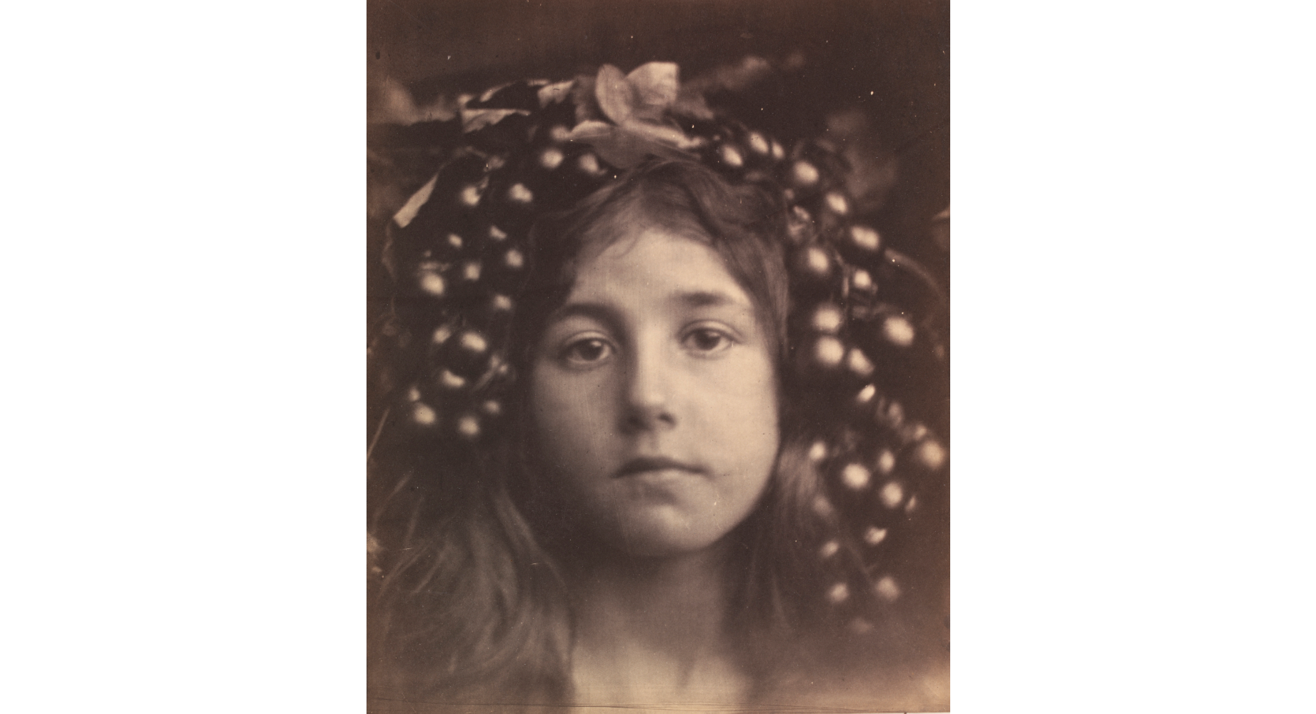 (Julia Margaret Cameron: 'Circe', 1865. © Victoria and Albert Museum, London)