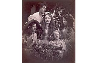 (Julia Margaret Cameron: 'May Day', 1866. © Victoria and Albert Museum, London)