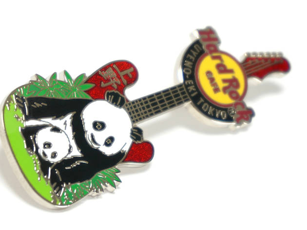 Panda pin badge