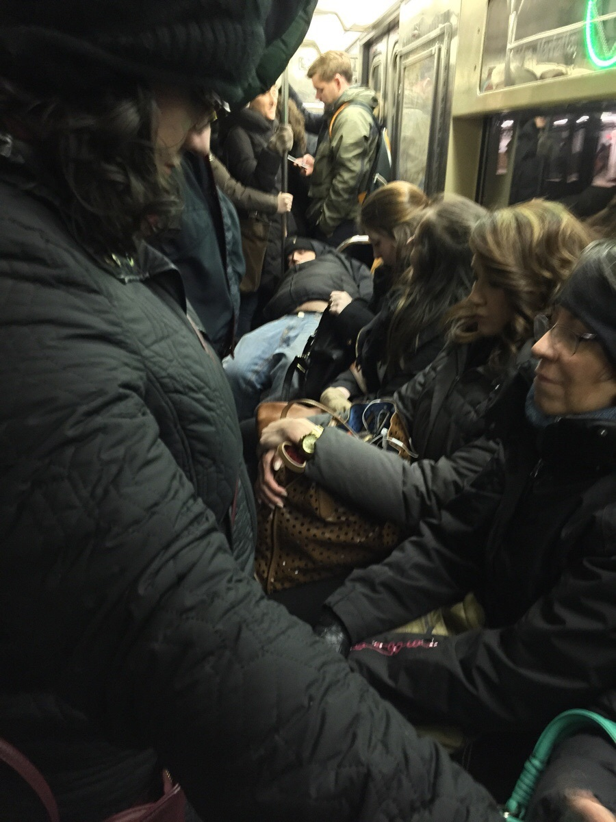 10 photos of rude subway riders that will fill you with rage