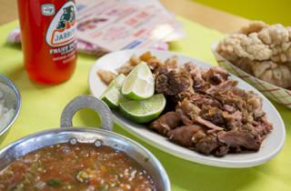 Carnitas Uruapan, carnitas, pork, tacos, pork meat, pilsen, pilsen guide, mexican cuisine, food, eating