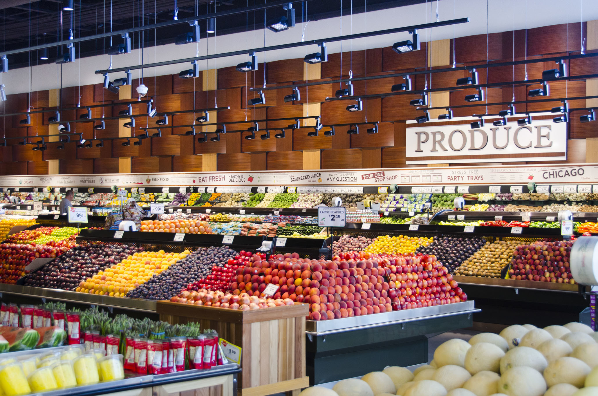 The best grocery stores in Chicago for produce, meat and more