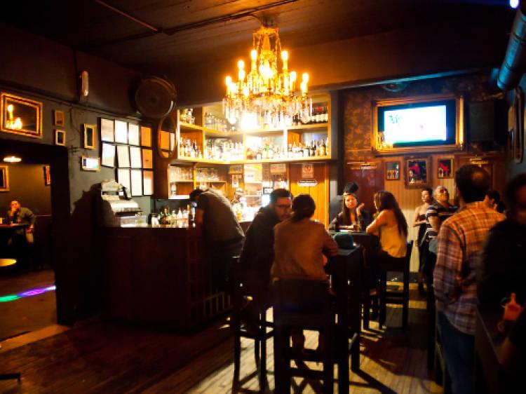 Visitas a bares
