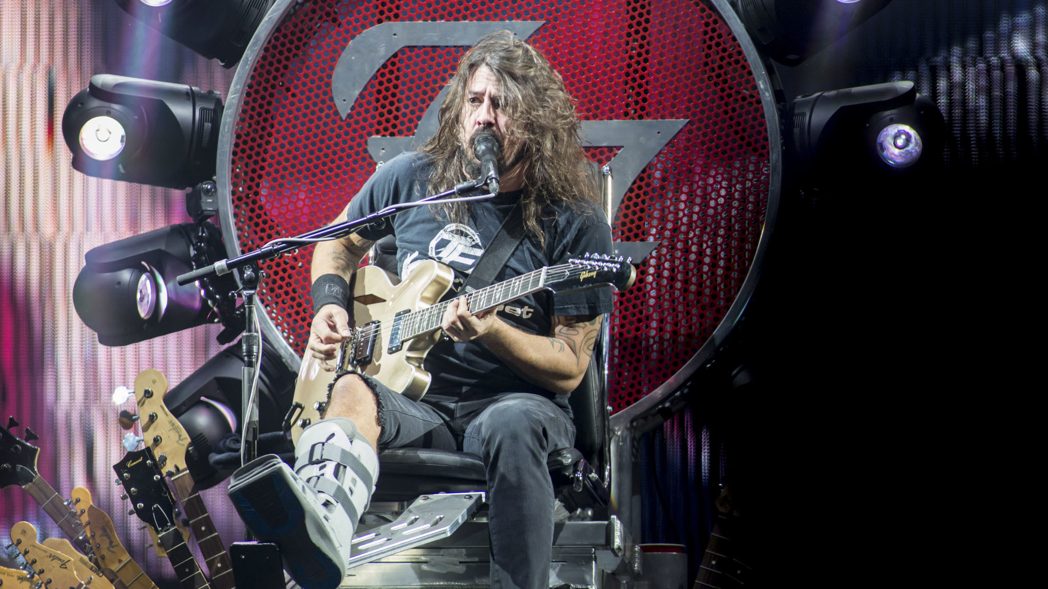 Foo Fighters played to a sold-out crowd at Wrigley Field on August 29, 2015.