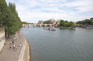 Paris vue Seine quais