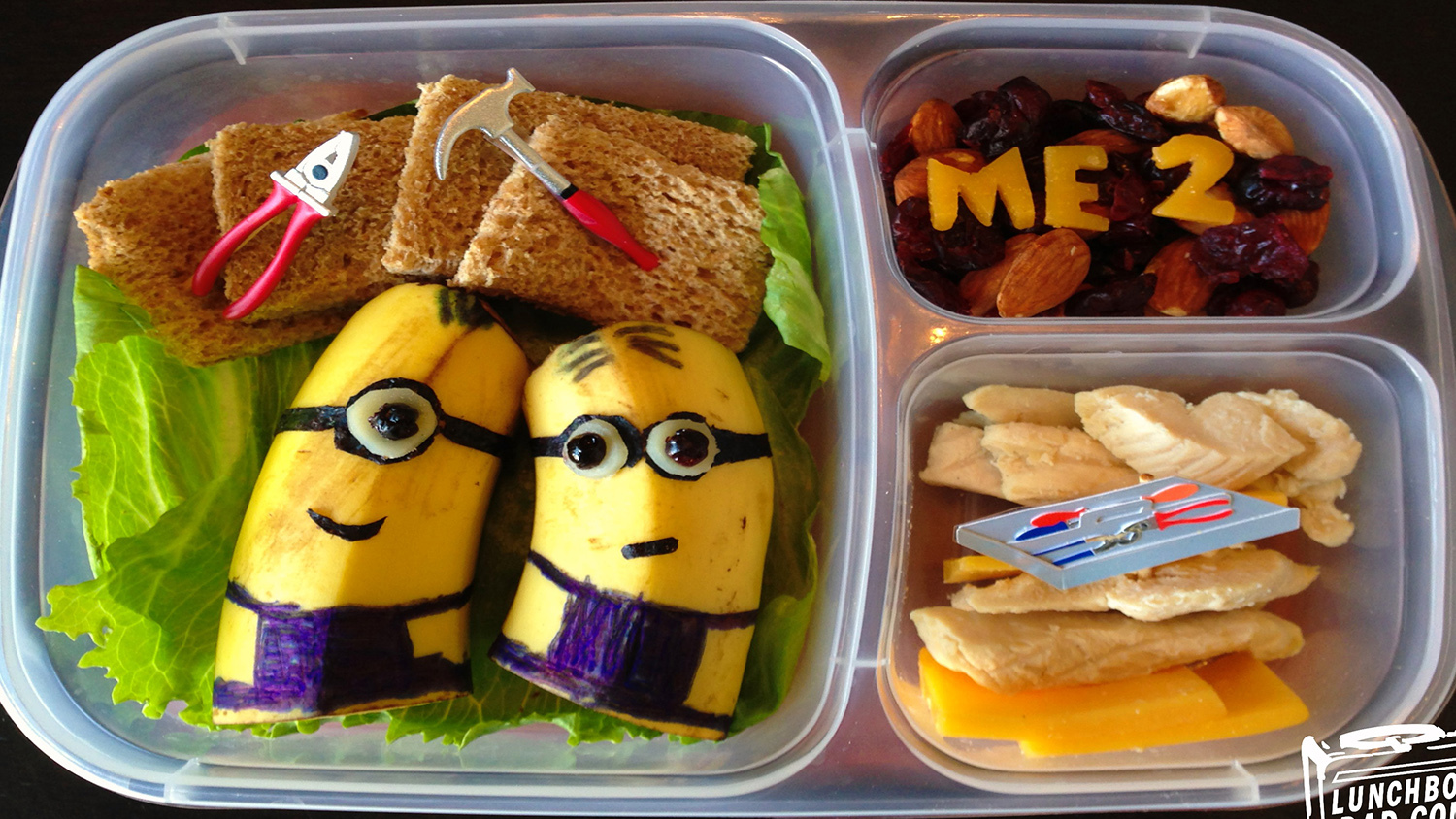 The Lunchbox Dad rules—see his creative designs!