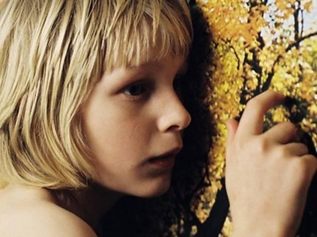 『ぼくのエリ 200才の少女』(2008)